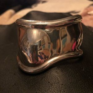Tiffany and Co. Elsa Peretti bone cuff. Medium.